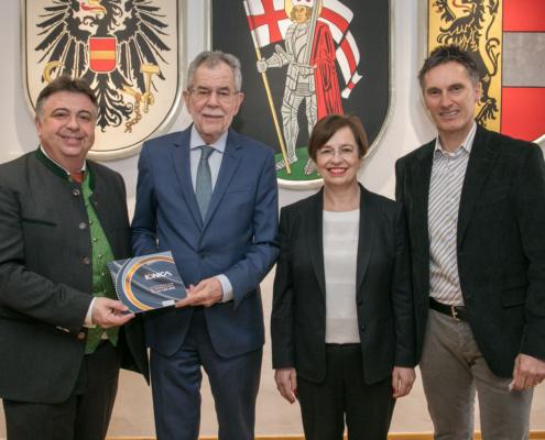 Der Bundespräsident trifft IONICA in Zell am See!